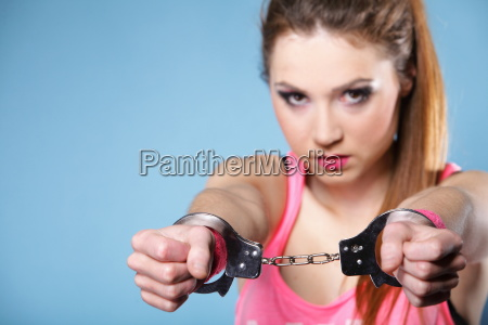 crime adolescente menina do adolescente nas