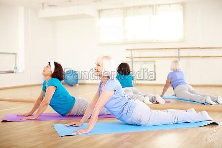 exercicio de alongamento