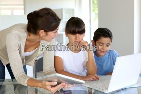 educação, e, novas, tecnologias, na, escola - 12417062