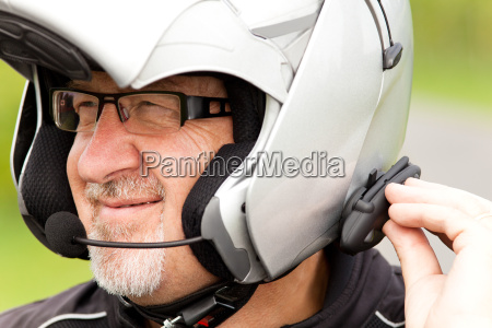 comunicacao motociclista radio capacete fone conexao