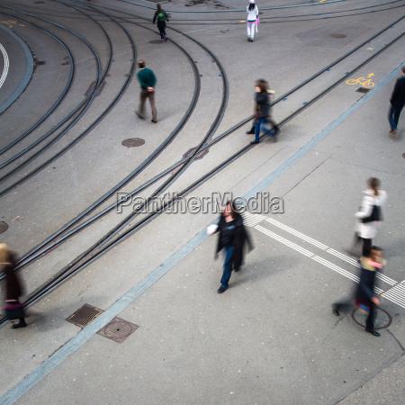 cidade trafego cruzamento urbano trafego automovel