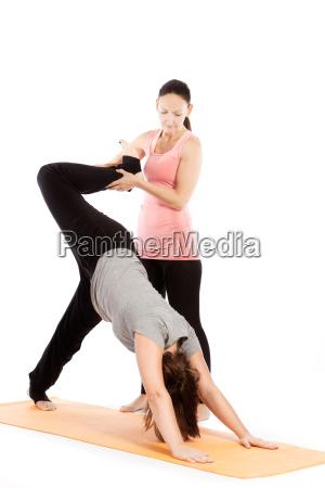 professor de yoga da ajuda com