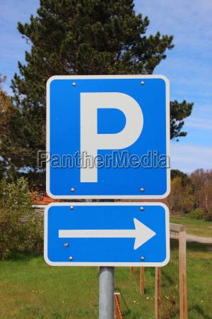 parque estacionamento sinal seta de direcao
