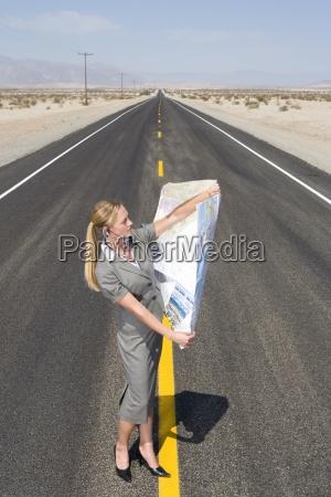 mulher pessoas povo homem passeio viajar