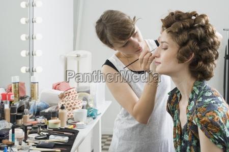 mulher mulheres moda cor feminino horizontalmente