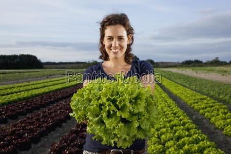 mulher cor feminino industria agricultura nuvem