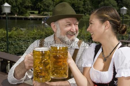 mulher amizade close up beber bebida