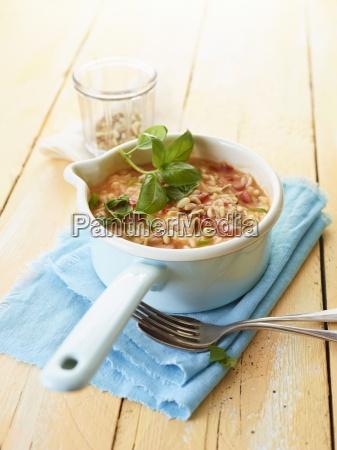 comida interior cocina vegetal tuerca albahaca