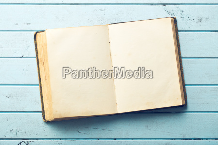 abra o livro velho