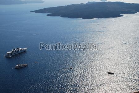 cruise liners santorini greece nea kameni