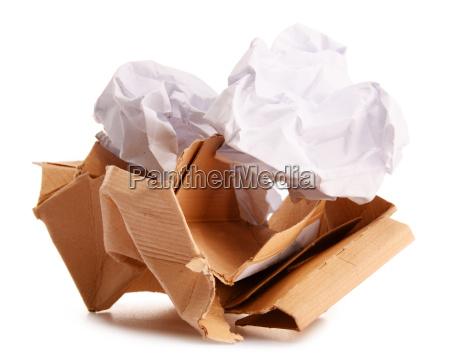 reciclagem de papel isolado no branco