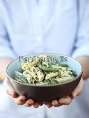 massa com feijoes verdes frescos