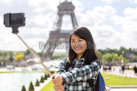 mulher telefone torre passeio viajar ferias
