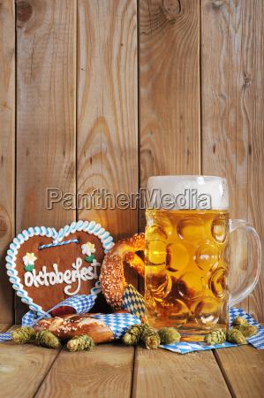 coracao bavaro do gengibre com cerveja