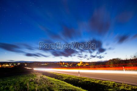 cidade trafego noite dinamico estrada