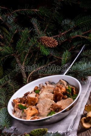 alimento refeicao jantar carne de porco