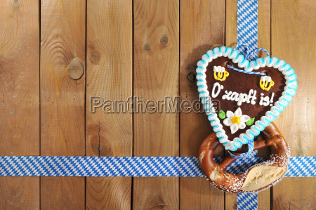 coracao bavaro do gingerbread de oktoberfest