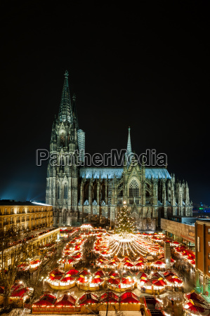cologne christmas market na catedral