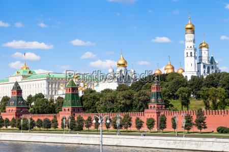 catedrais e palacio do estado em