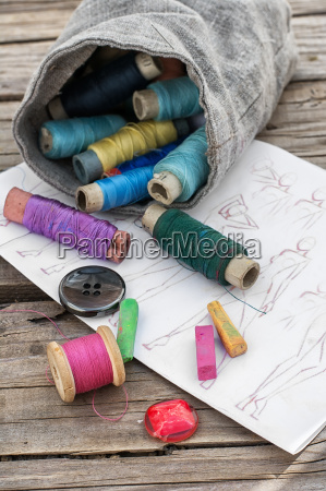 projeto alfaiate tecido esboco foto pano