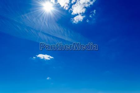 azul nuvens nu ceu luz ensolarado