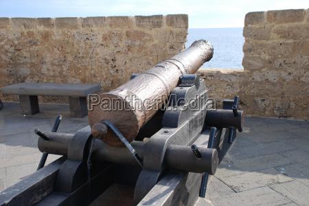 sardegna alghero sardinia fortress bastion cannon