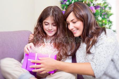 abra o presente do natal