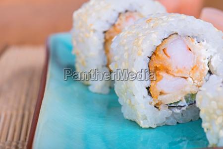 california pepino sushi rolo arroz