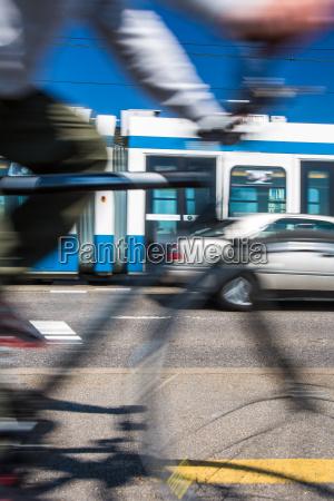 passeio viajar trafego transporte urbano bicicleta
