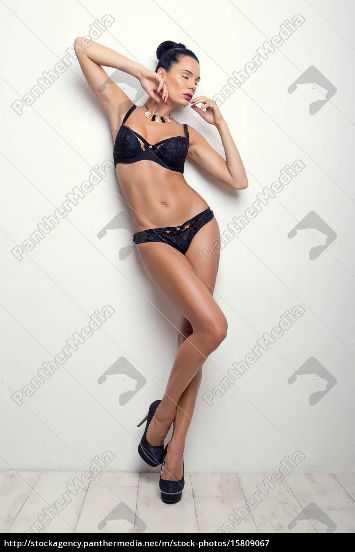 pose, elegante, menina, morena, sexy, em - 15809067