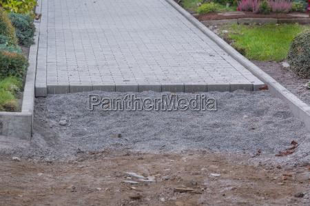 ferramenta jardim pedra verde solo concreto