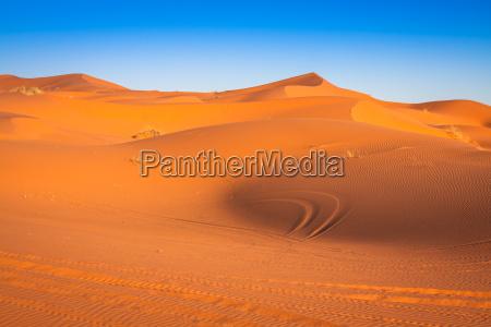 dunas de areia no deserto de