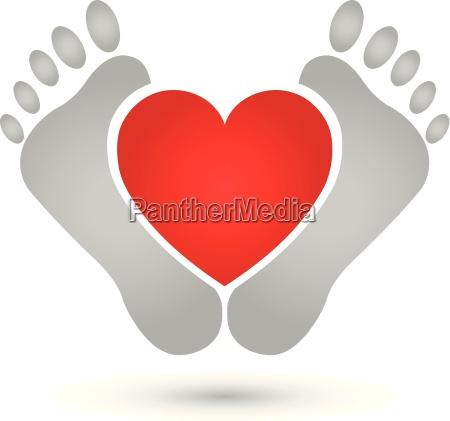 dos pies y corazonlogopies