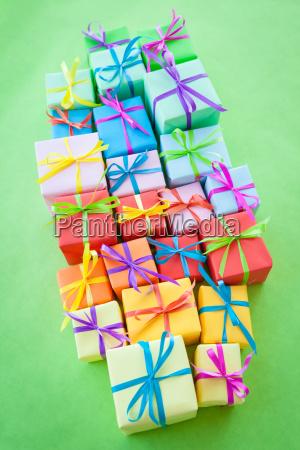 presentes, coloridos, pequenos - 16341305