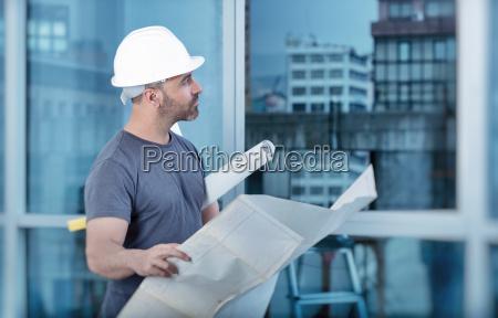 construtor do arquiteto que estuda a