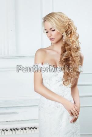 retrato da noiva com fechamentos longos