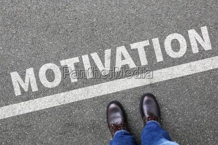 estrategia colaborador conduzir motivar motivacao pensamento