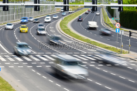 seis faixas de dois sentidos rua