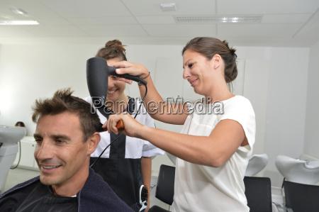 classe do treinamento do penteado no
