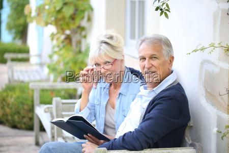 livro de leitura senior dos pares
