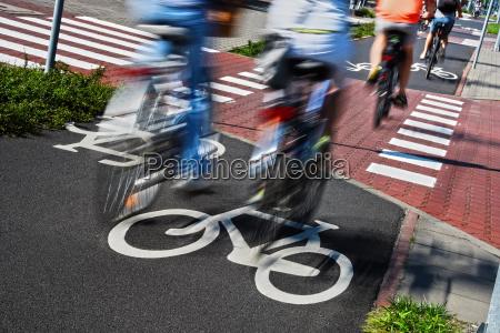 sinal de estrada de bicicleta e