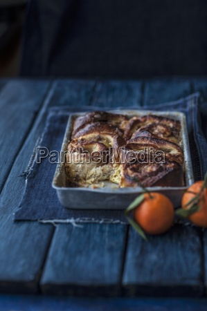 apple and cinnamon buns in a
