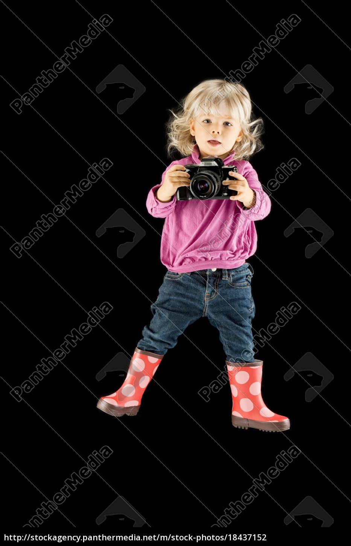 menina, e, câmera, contra, fundo, preto - 18437152