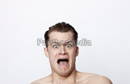 close up retrato caos medo vista