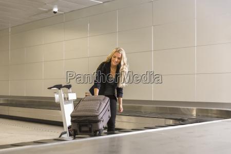 mulher passeio viajar feminino ferias em