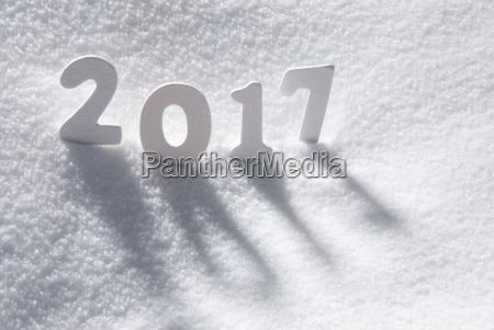 tekst 2017 med hvide brev i