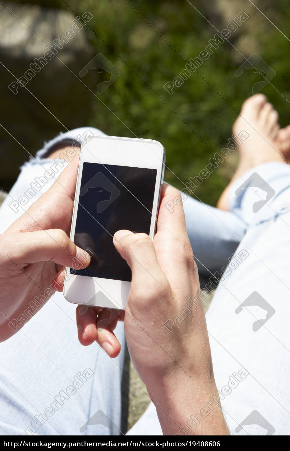 teenage, girl, using, mobile, phone, in - 19408606