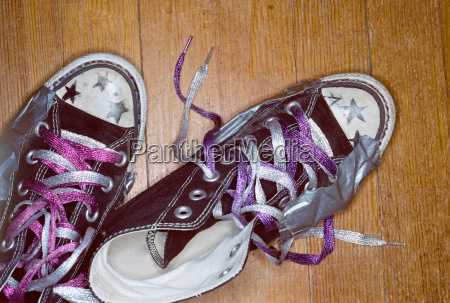 girls shoes with metallic laces