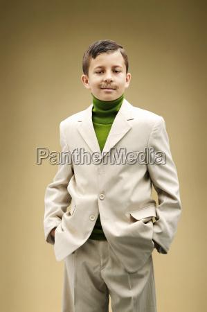 futuro masculino retrato adulto vista frontal