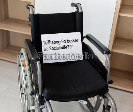 cadeira de rodas escritorio cuidado hospital